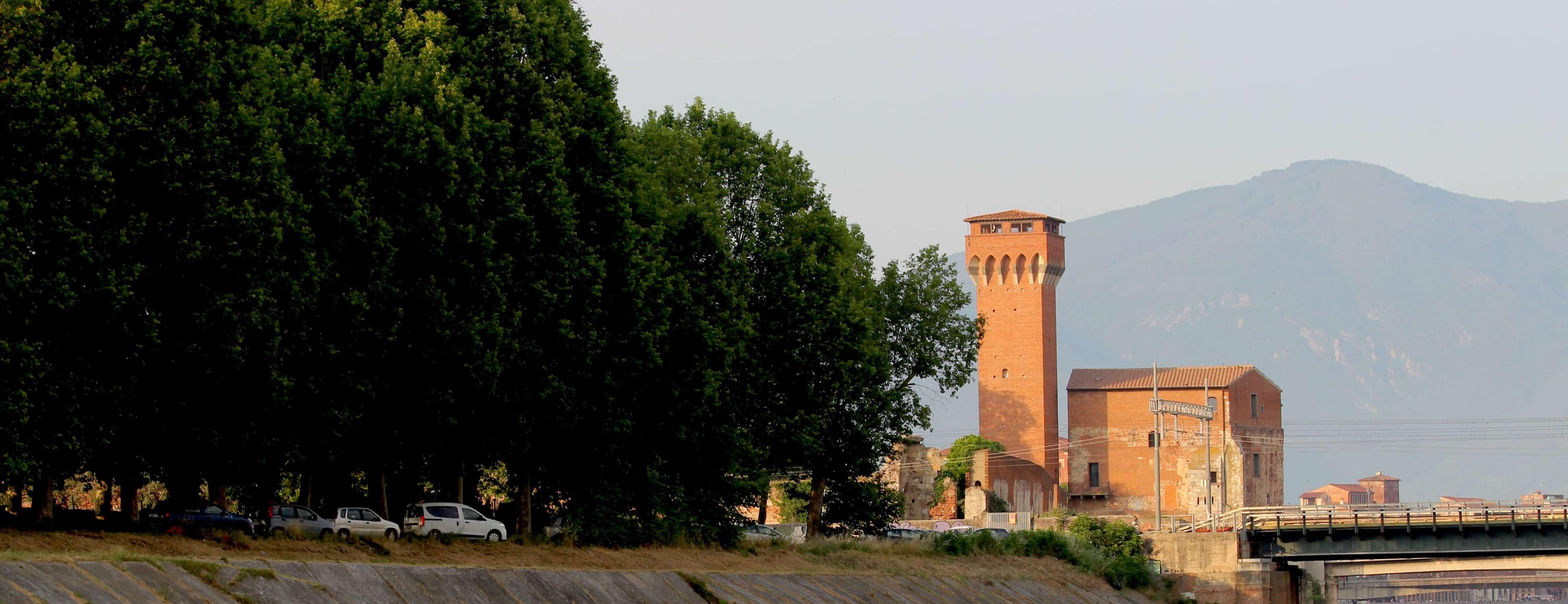 Veduta Torre della Cittadella - Fortilizio (G. Bettini, Comune di Pisa)