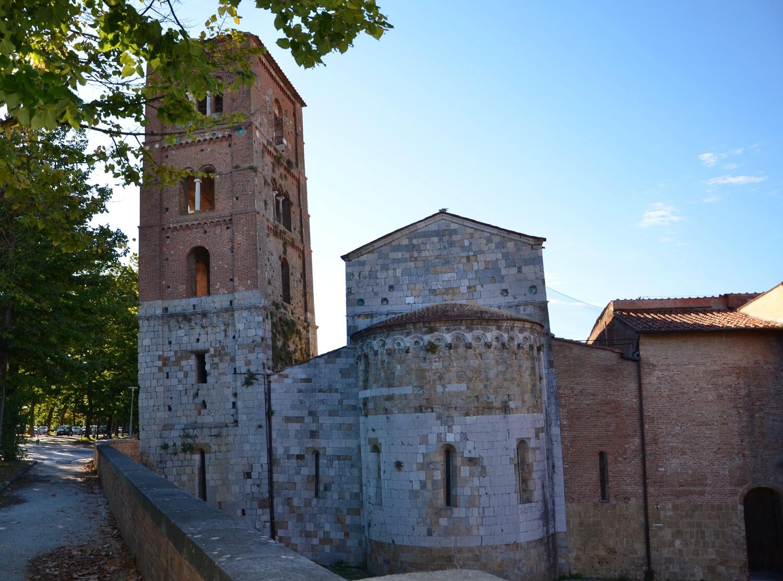 Abside e campanile - Chiesa S. Michele degli Scalzi Abside e campanile - Chiesa S. Michele degli Scalzi (L. Corevi, Comune di Pisa)