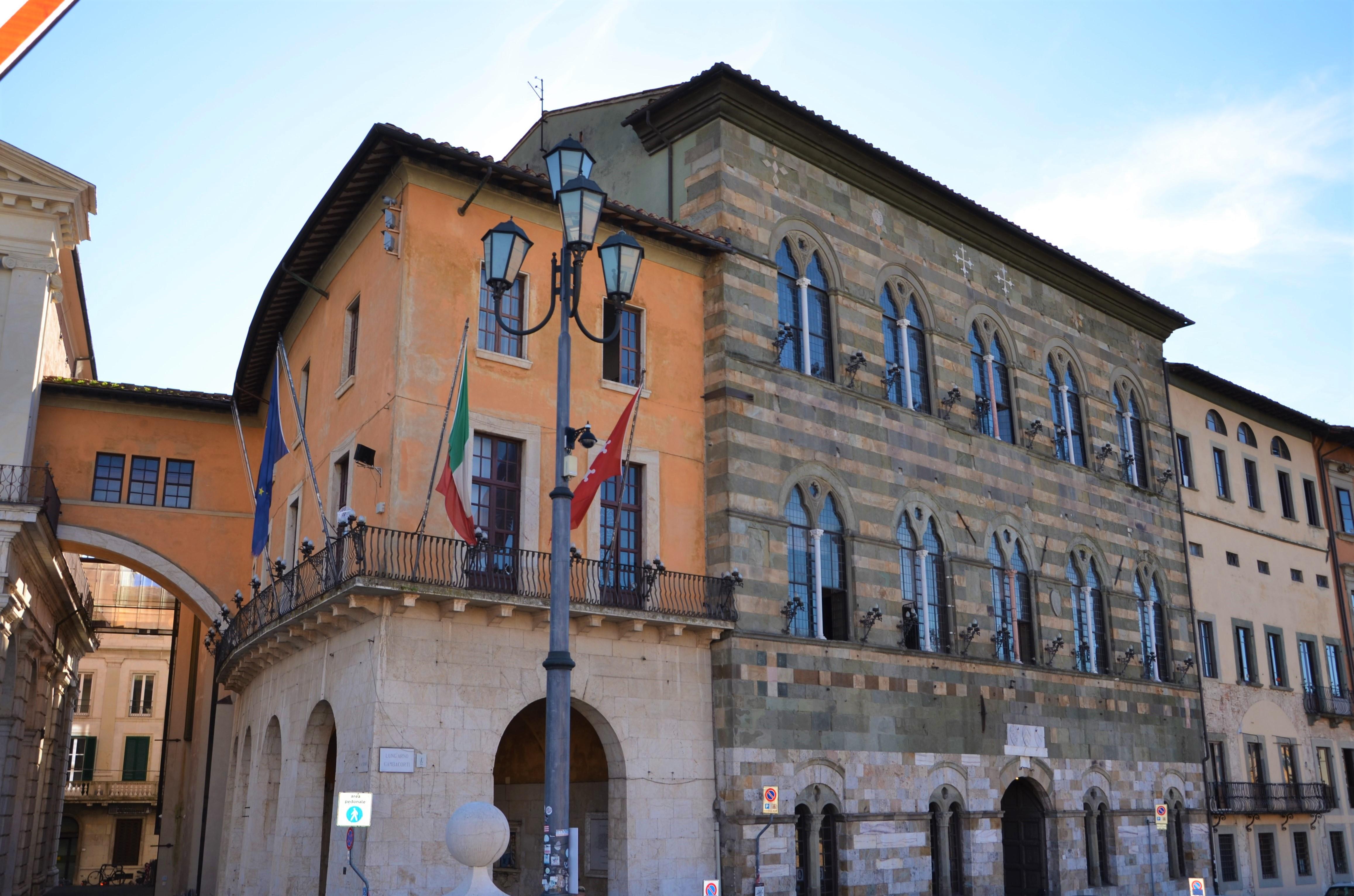 Palaxio nuovo da Ponte di Mezzo - Palazzo Gambacorti  (L. Corevi)