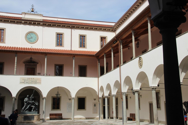 Porticato interno - La Sapienza (G. Bettini, Comune di Pisa)