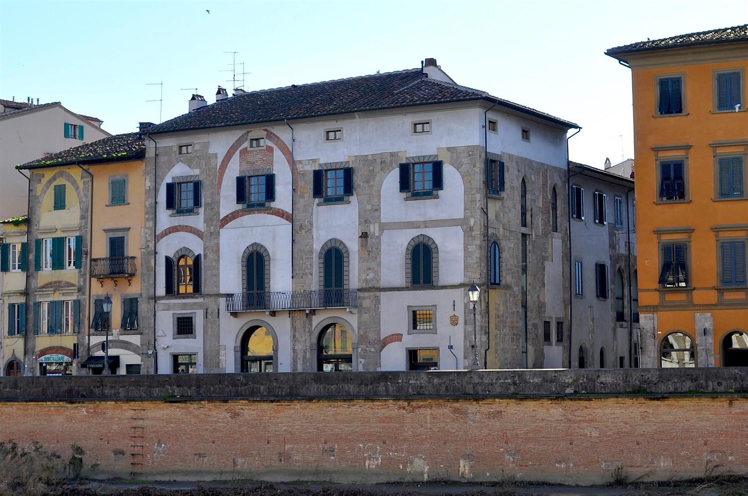 Vista dal Lungarno - Palazzo Alliata (F. Anichini)