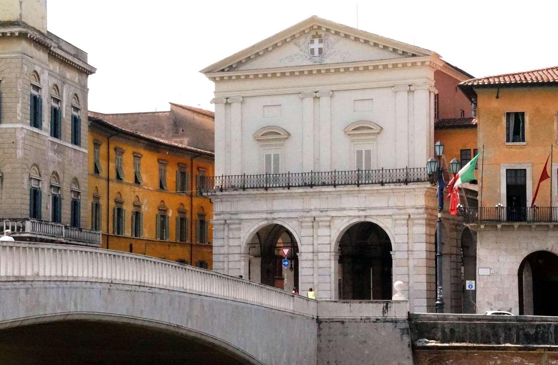 Logge di Banchi da Ponte di Mezzo (M. Del Rosso, Comune di Pisa)