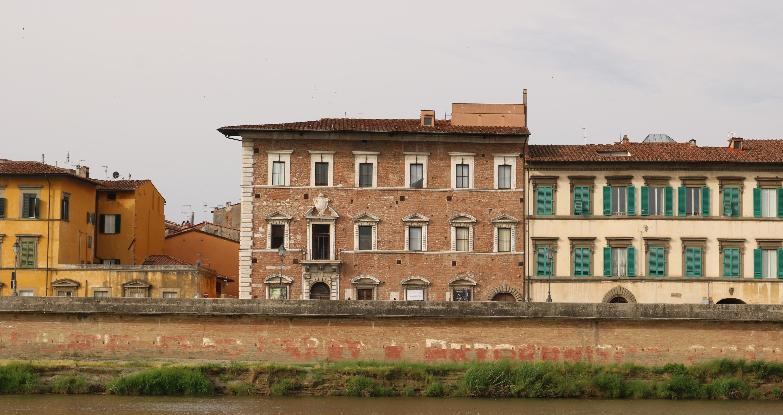 Veduta Palazzo Lanfranchi da Scalo Roncioni (A. Matteucci)