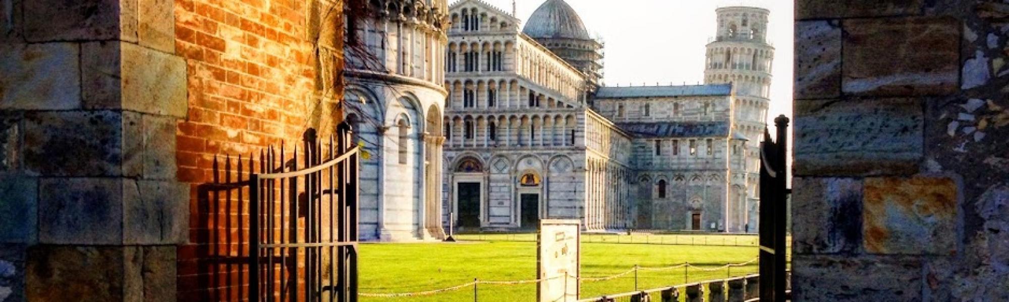 Piazza dei Miracoli (R. Cardini)