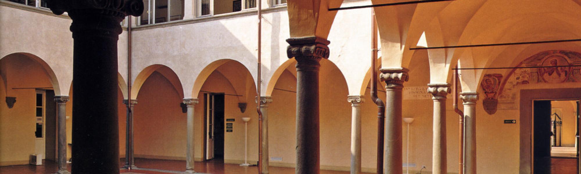 Chiostro gesuita - Palazzo della Scuola Sant'Anna (D. Tarantino)