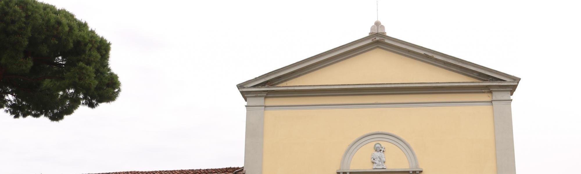 Facciata -  Chiesa di San Torpé (A. Matteucci)