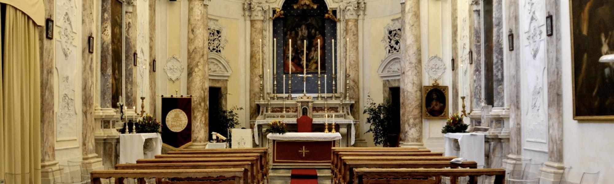 Interno - Chiesa di Sant'Anna (F.Delu, wikimediacommons)
