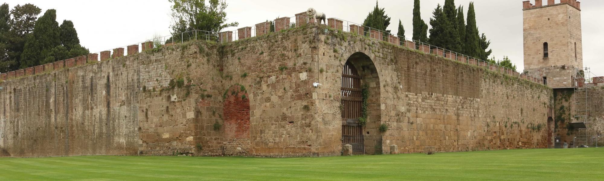 Porta del Leone _ Mura medievali e porte (A. Matteucci)