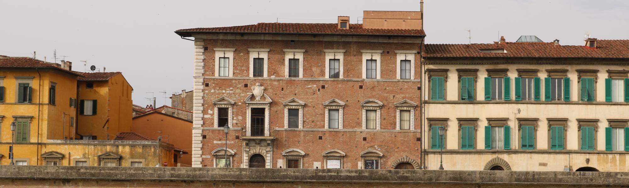 Palazzo Lanfranchi da Scalo Roncioni