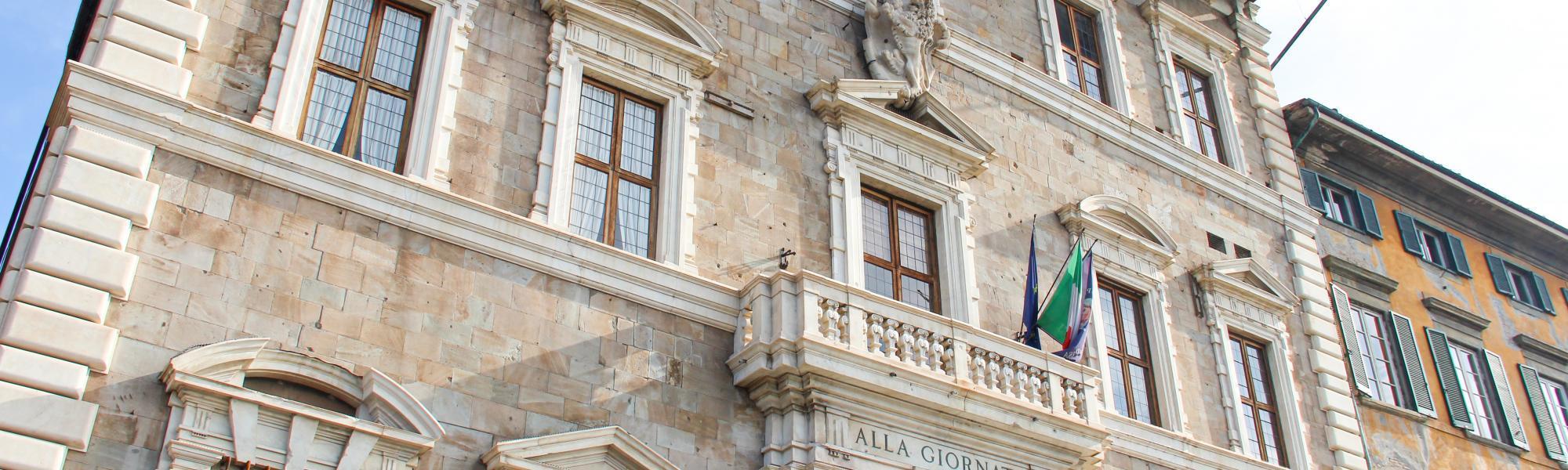 corcio facciata - Palazzo Lanfreducci detto 'Alla Giornata' (G. Bettini, Comune di Pisa)