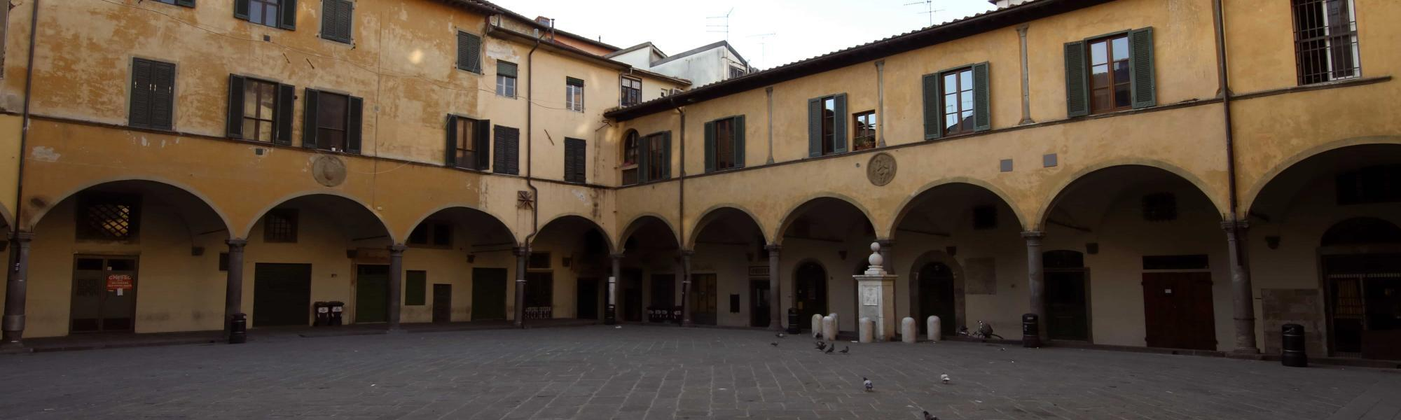 Piazza delle Vettovaglie - vista angolo sud-est (A. Matteucci)