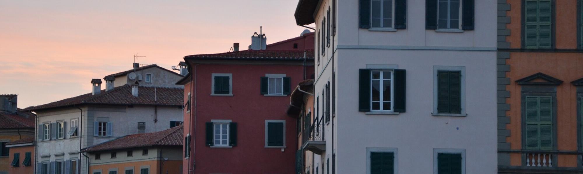 Veduta Piazza Carrara da lungarno Gamabacorti (L. Corevi, Comune di Pisa)