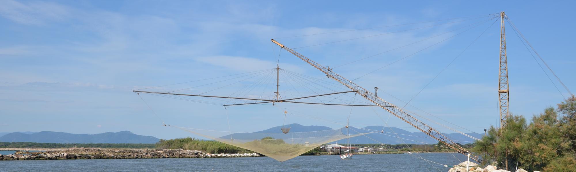 Le reti per la pesca prima alla foce dell'Arno (R. Cardini)