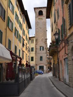 Campano - Torre del Campano e altri edifici medievali (L. Corevi, Comune di Pisa)