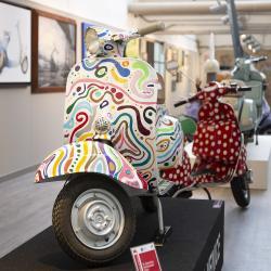 Collezione Vespe d'Arte (Museo Piaggio)