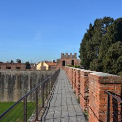 Camminamento sulle mura (Mura di Pisa)