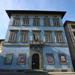 Palazzo Giuli-Rosselmini-Gualandi _ Palazzo Blu